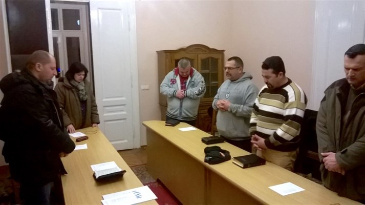 ACV prayer meeting for next mentoring programme starting in Oradea Prison